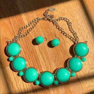 Green and Gold Necklace with Earrings